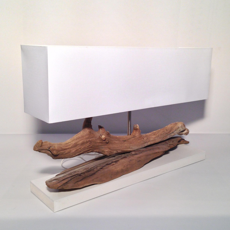 lampe en bois flott la n tre vient d 39 une plage de corse k line blog. Black Bedroom Furniture Sets. Home Design Ideas